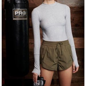 Free People Cool Down Short - army green XS